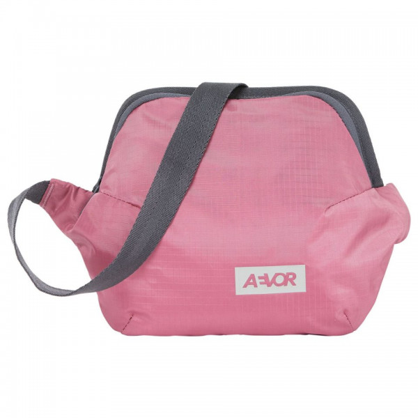 AEVOR Hip Bag Plus Ripstop Cassis
